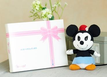 【ディズニー】レトロンズ ミニー ぬいぐるみ+ドキドキHAPPYBOX電報