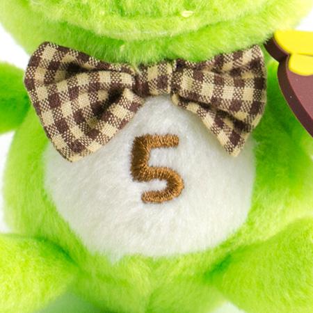 お腹の「5」は「5月」の記念に。