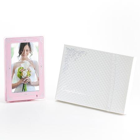 デジタルフォトフレーム〈ピンク〉+キラキラHAPPYBOX電報
