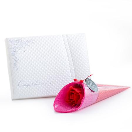 【母の日】ハンカチブーケ(レッド)+キラキラHAPPYBOX電報プレシャスホワイト