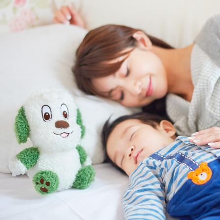 ソフトな触り心地でお昼寝のお供にもグッド