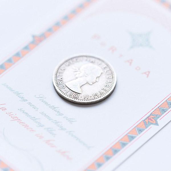 人気のエリザベス2世がデザインされたコインです