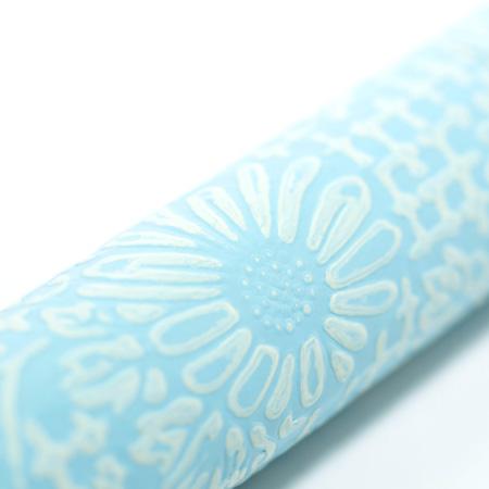 表面はパステルカラーのうるし紙を使用