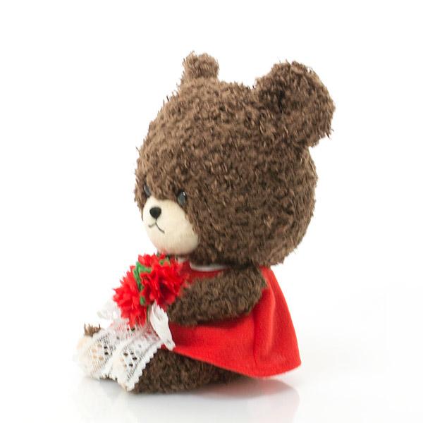 お花と同じ赤いワンピースを着て。