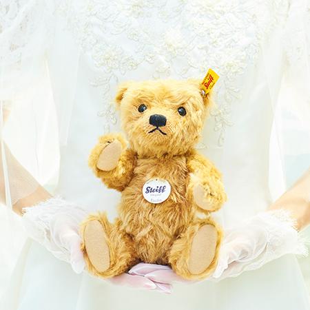 結婚式の祝電ギフトにおすすめです。